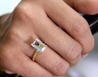 SUMMER SALE - blue topaz ring,gold ring,rectangle ring,gemstone ring,quartz ring,bridal ring,bridesmaid rings