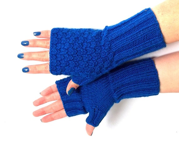 Blue Fingerless Mittens. Blue Fingerless Gloves. Knit Arm Warmers. Knitted Wrist Warmers.