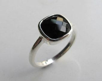 Black Onyx Square Ring- Black Gemstone Bezel Ring- Black Quartz Silver Ring- Stackable Faceted Square Ring- Cushion Cut Square Stone Ring