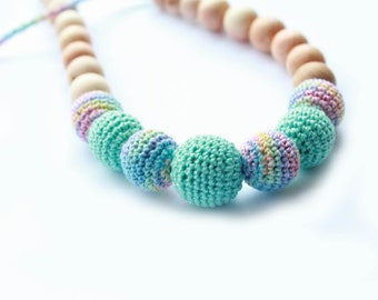 Mint Green Nursing Necklace- Crochet teething Necklace- Breastfeeding Necklace- Crochet Necklace for Mom and Baby