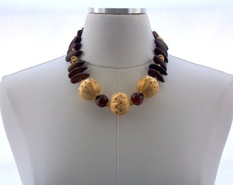 Beaded Wood Necklace Agate Gemstones Matte Gold plated Bold Statement Jewelry Fashion Jewellery Brown Gold Chunky Neutral Chocolate