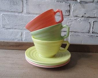 Teacups Hazel Atlas Vintage Moderntone Platonite MIlk Glass