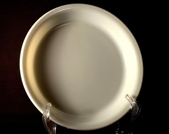Milk Glass Pyrex Pie Plate Pie Dish 9 in inches