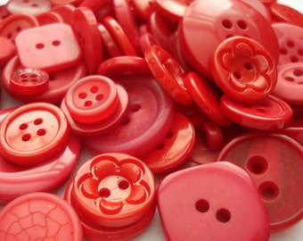 50 Mixed Red Buttons Pack of Red Buttons AM7