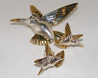 Vintage Huming Bird Brooch and Clip Earrings