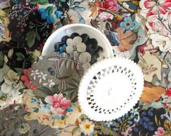 English Floral Die Cuts with Doily Trinket Box- 120 Pieces