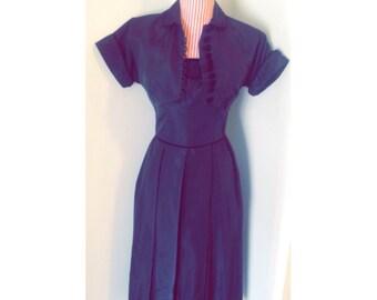 1940's Vintage Petit Dress