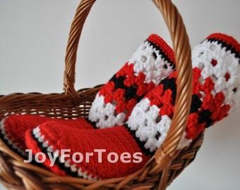 Crochet boots Patriotic shoes Ukrainian ethnic style Home Slippers Ukrainian folk art Gifts for her Red White Black Custom Made joyfortoes