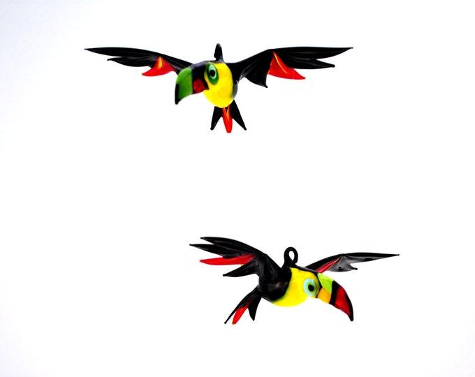 e36-213 Large Toucan