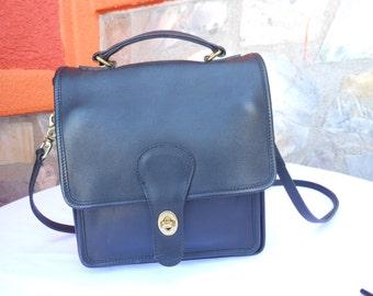 Vintage Authentic Black Leather COACH Shoulder Bag  Purse -416