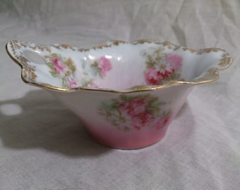 Deep Sauce Bowl with Pink Roses and Gold Trim by Elbogen Austria