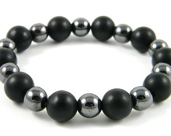 REDUCED Onyx and Hematite bracelet (Handmade in the USA)
