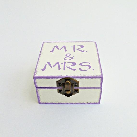 FREE SHIPPING, Wedding white ring bearer box / pillow, Mr & Mrs wooden ring bearer box, Pillow alternative, Wedding keepsake box, Card box