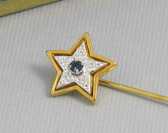 Vintage AVON 'Starshine' Goldtone Stick Pin / Lapel Pin (1979) with original box. Vintage Avon Lapel Pin. Vintage Avon Jewelry