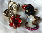 Assortment of Vintage Costume Jewellery Rings