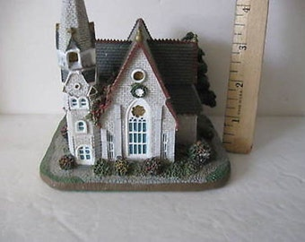 Santa's Best Christmas in New England Church  Hand painted CL7-31