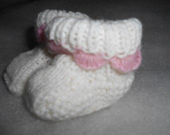 Baby booties , white with pink edge FREE SHIPPING