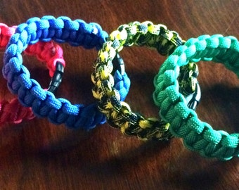 Paracord Bracelet with buckle