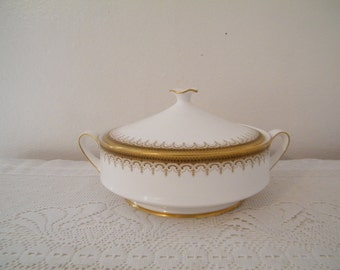 Paragon Casserole Bowl with lid in  Athena 48 pattern,   white porcelain with gold embellishment, stamped Appt to Queen, English Porcelain -