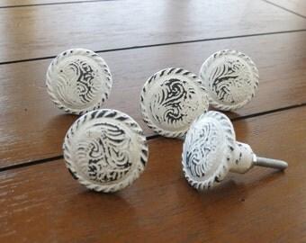 Vintage Inspired Circle Knobs/ Drawer Knobs/ Dresser Knobs/ Distressed White Knobs/ White Pulls/ Shabby Chic Decor/ Drawer Pulls Handles