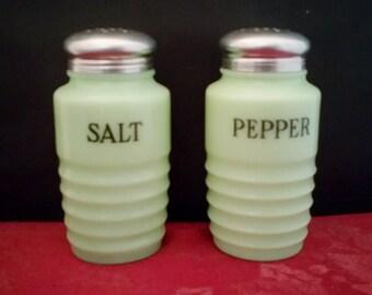 Mint Vintage Jeannette Jadeite Salt & Pepper Shaker Set