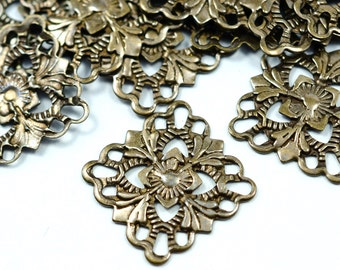 50 Pcs Antique Bronze Filigree 15 x 15 mm Square Findings , Connectors ,Brass Findings