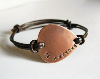 Men/Women Copper Guitar Pick Bracelet, Leather Bangle Personalized Handstamped Custom Message, Men Groomsmen Boyfriend Father's Day Gift