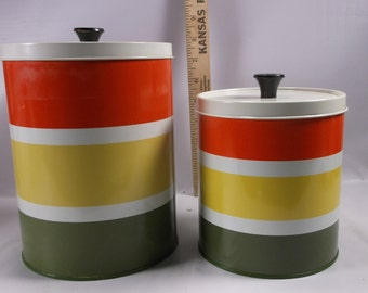 Vintage Set Of  2 Retro 70 s Canisters with Stripes .epsteam