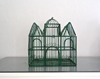 o o o Vintage Green Birdcage