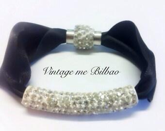 Swarosky and satin elegant bracelet