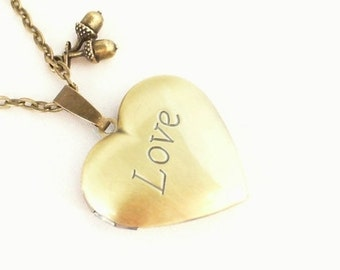 Necklace Medaillon Heart