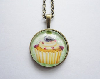 Necklace Cupcake