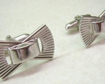 Vintage SWANK Cufflinks...Textured Silver Bow Cufflinks...Modernist...Wedding...Business...Swank Accessories