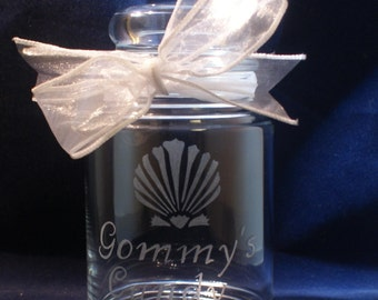 1 Personalized Colonial Candy Jar with Dome Lid and Custom Design of your choice