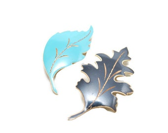 Vintage 1950s Maple Leaf Brooches Pins  ITEM WK3721RO