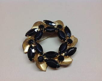 Vintage Black Crystals and Goldtone Wreath Pin