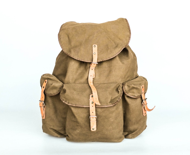 vintage military hiking backpack canvas rucksack army. Black Bedroom Furniture Sets. Home Design Ideas