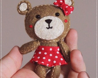 Felt Pocket bear doll brooch keychain magnet totem plush