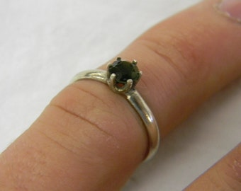 Sterling Silver 925 Solitare Dark Green Galamerous Beauty Size 6 3/4 Ring #5740