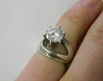 Sterling Silver 925 Georgous Standing Tall 6 Prong Mounted Ring Size 7 #5895
