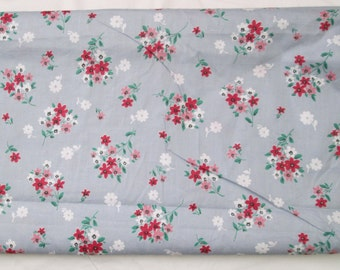 Antique Cotton 36 inch Vintage Sewing Quilting Gray Floral Print One Yard