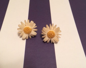 Vintage Ivory and Yellow Sunflower Earrings