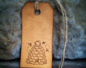 "Bee hive gift tags, sized 2 3/4"" x 1 3/8"", bee skep, rustic bee hive, little bees, set of 12 tags"