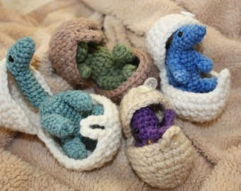 CROCHET PATTERN: Hatching Dinosaur Eggs