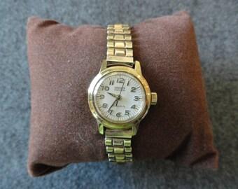 Swiss Made Gruen Precision 17 Jewels Watch with a Second Hand - Original Case