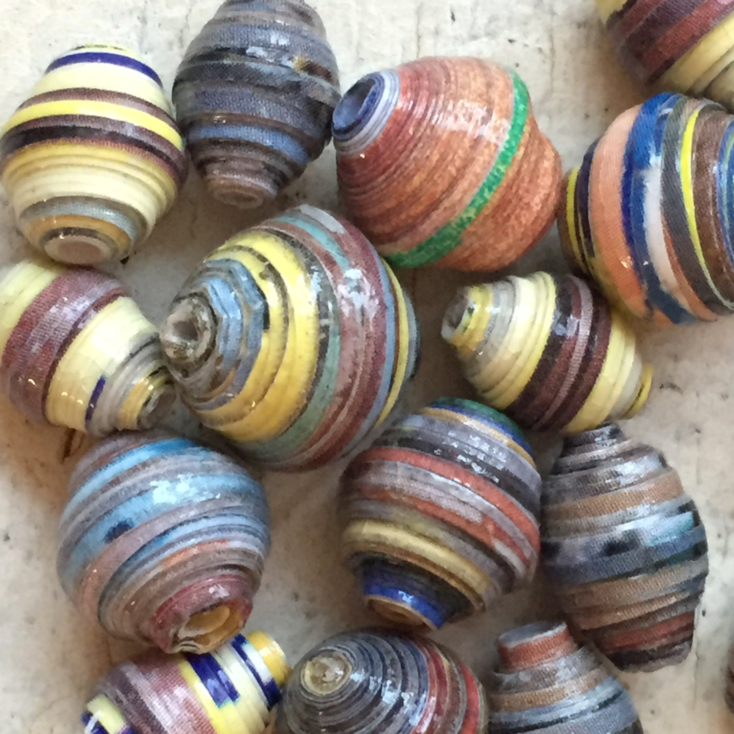 african paper beads ♻ paper bead playlist: best glaze:.