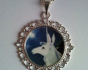 unicorn picture pendant necklace