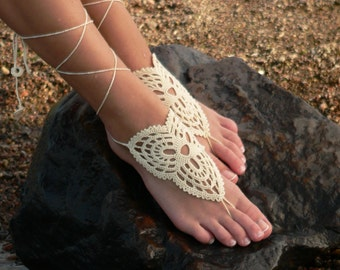 Barefoot sandal, Ivory barefoot sandles, Foot jewelry, Crochet feet accessory, Foot thong, Anklet, Yoga, Beach wedding bridesmaid