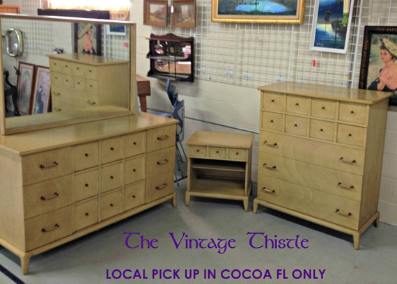 Mid Century Thomasville Blonde Mahogany Bedroom Set LOCAL PICK UP Only