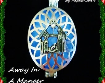 Away In A Manger Glow Necklace